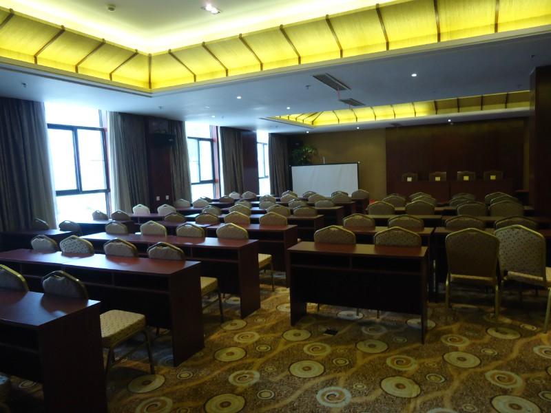 府奇汤 花水湾锦泰温泉大酒店 性价比最高的东南亚风格酒店